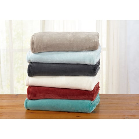 Clara Collection Oversize Ultra Velvet Plush Throw Blanket in Solid Colors