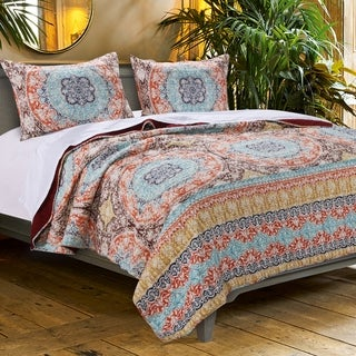 Barefoot Bungalow Olympia Quilt Set