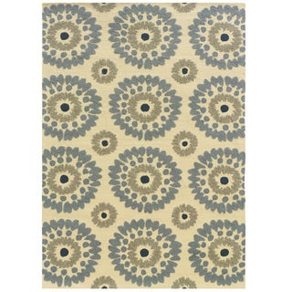 Hand Tufted Le Soleil Outdoor Collection Medallions Ivory and Blue Rug (5' X 7')