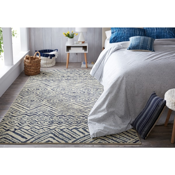 Under The Canopy Mohawk Studio Mnemba Beige/Blue Area Rug (8' x 10')