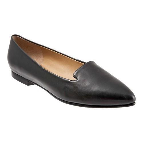Trotters Harlowe Pointed Toe Flat (Women's) LOjGR6r