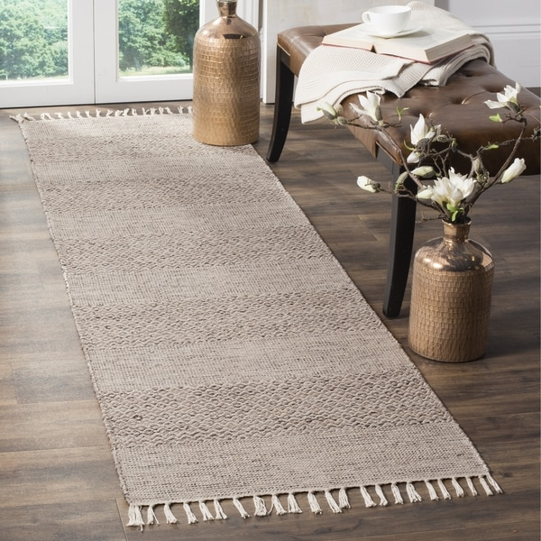 Safavieh Hand-Woven Montauk Ivory/ Steel Grey Cotton Rug (2'3 x 12')