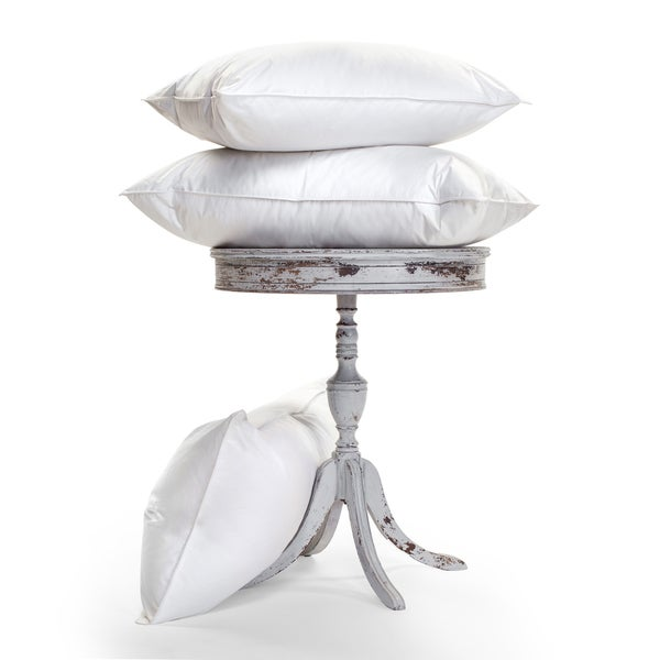 Luxurious, Temperature-Regulating, 900-Fill Ogallala Pillow