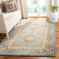 Safavieh Handmade Heritage Blue/ Beige Wool Rug - 5' x 8'