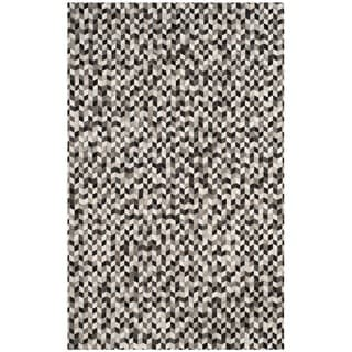 Safavieh Hand-Woven Studio Leather Grey/ Black Leather Rug (5' x 8')