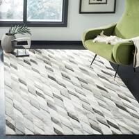 Safavieh Hand-Woven Studio Leather Ivory/ Grey Leather Rug - 5' x 8'