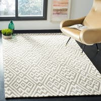 Safavieh Handmade Cambridge Ivory/ Grey Wool Rug - 8' x 10'