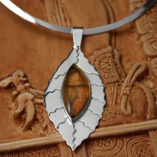 Handcrafted Sterling Silver 'Jatoba Leaf' Amber Choker (Mexico)