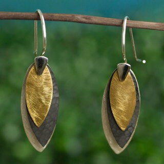 Handcrafted Sterling Silver 'Turning Leaves' Earrings (Mexico)
