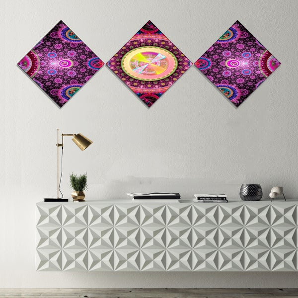Designart 'Bright Pink Psychedelic Relaxing Art' Abstract Canvas Art Print - 3 Diamond Canvas Prints