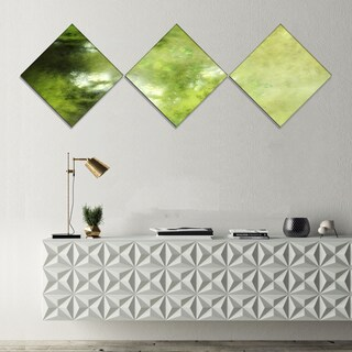 Designart 'Blur Green Sky with Stars' Abstract Canvas Art Print - 3 Diamond Canvas Prints