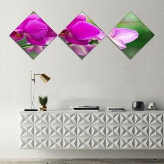 Designart 'Beautiful Orchid Flowers on Green' Large Floral Canvas Art Print - 3 Diamond Canvas Prints