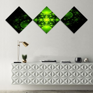 Designart 'Cabalistic Green Fractal Design' Abstract Canvas Art Print - 3 Diamond Canvas Prints