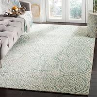 Safavieh Handmade Bella Ivory/ Blue Wool Rug - 5' Round