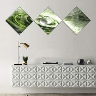 Designart 'Green Fractal Flying Saucer' Abstract Canvas Art Print - 3 Diamond Canvas Prints