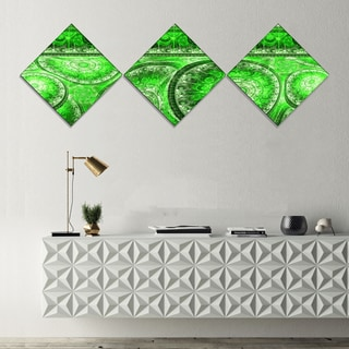 Designart 'Green Living Cells Fractal Design' Abstract Canvas Art Print - 3 Diamond Canvas Prints