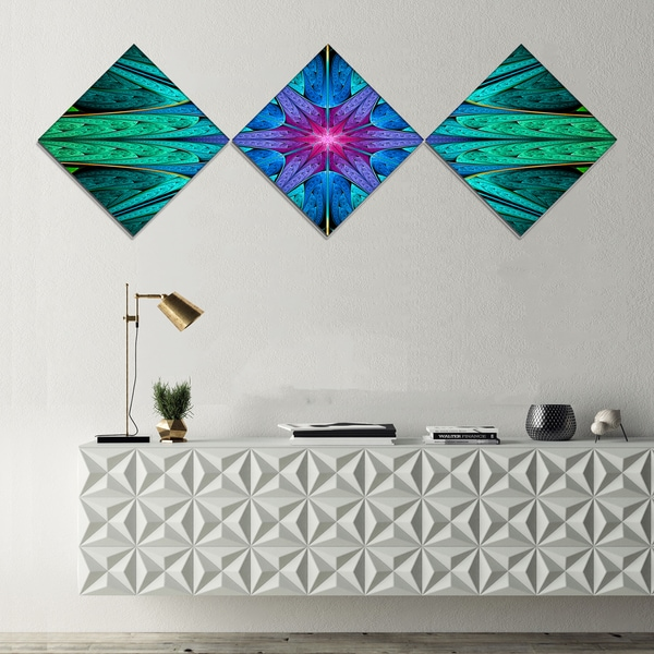 Designart 'Turquoise Star Fractal Stained Glass' Abstract Canvas Art Print - 3 Diamond Canvas Prints