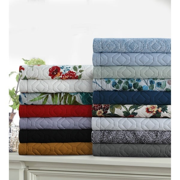 Lyon Solid or Printed Oversized Quilt Set. Opens flyout.