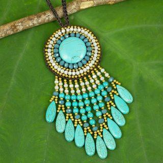 Handmade Brass 'Blue Waterfall Sun' Calcite Necklace (Thailand)