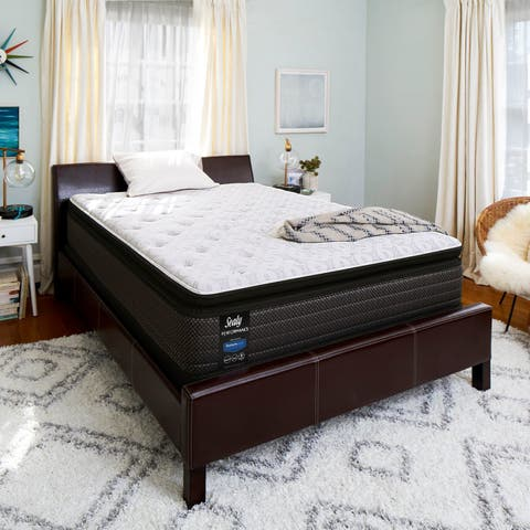 Sealy Response Performance 13.5-inch Plush Pillow Top Mattress with Ease Adjustable Base