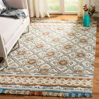 Safavieh Handmade Blossom Ivory/ Blue Wool Rug - 4' x 6'