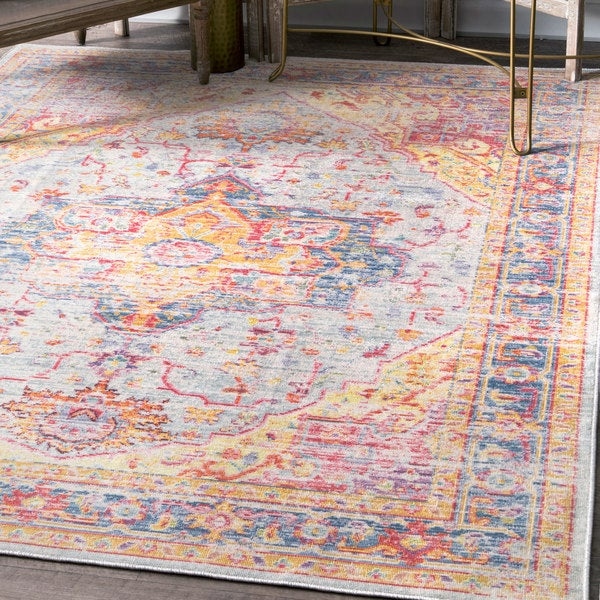 nuLOOM Traditional Vintage Distressed Majestic Medallion Border Area Rug