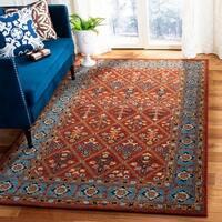 Safavieh Handmade Heritage Red/ Blue Wool Rug - 4' x 6'