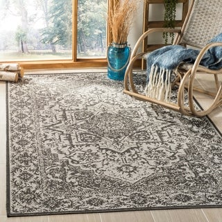 Safavieh Linden Light Grey/ Charcoal Rug (4' x 6')