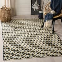 Safavieh Hand-Woven Montauk Gold/ Blue/Black Cotton Rug - 4' x 6'