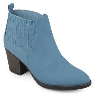 Journee Collection Women's 'Sero' Almond-toe Block Heel Western Chelsea Booties