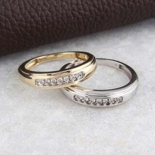 10kt yellow gold or white gold 1/6 ct tdw men's diamond ring