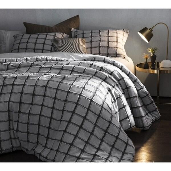 BYB Frayed Edgings Comforter - Black/White