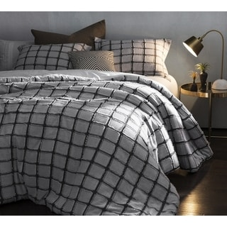 BYB Frayed Edgings Comforter - Black/White
