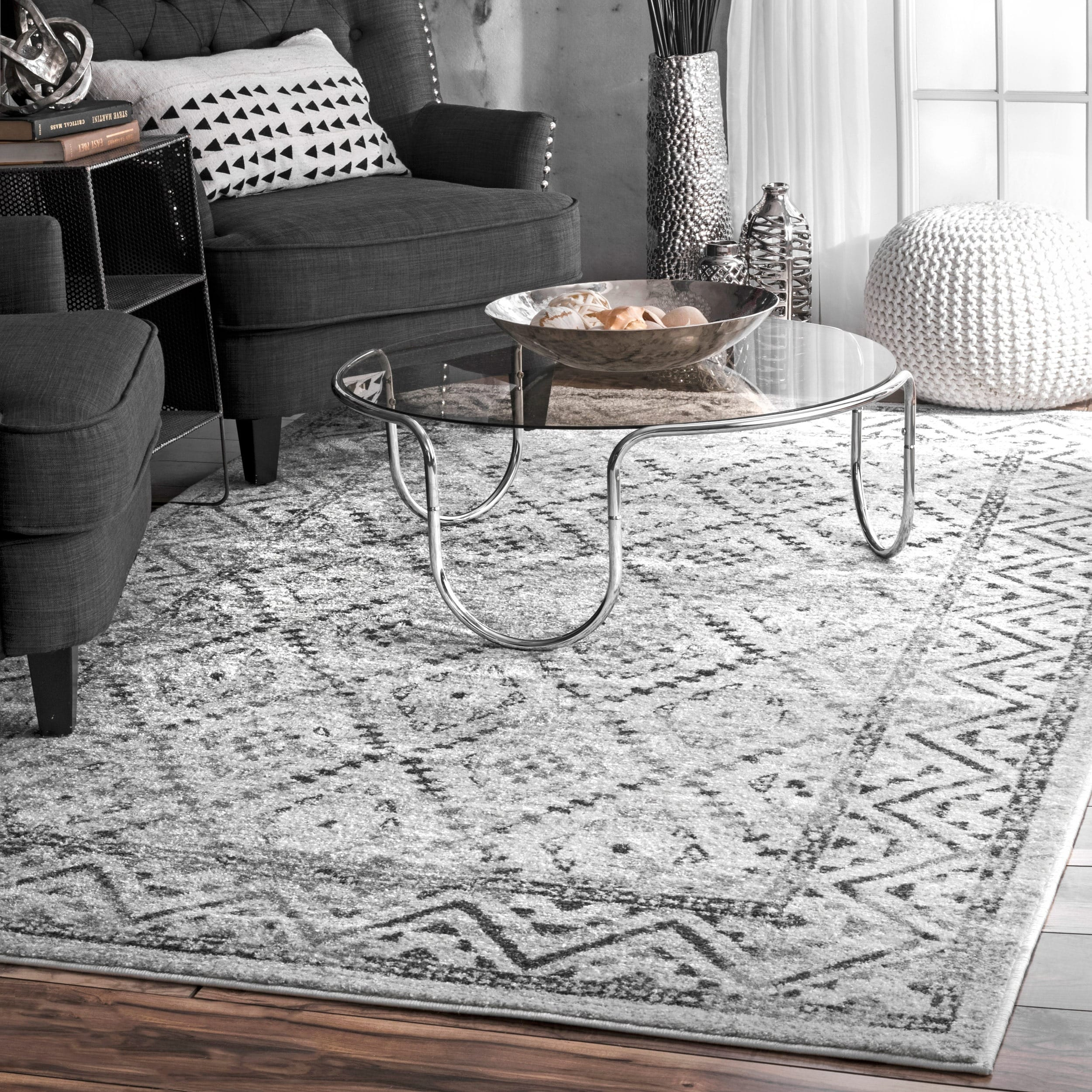 NuLoom Traditional Vintage Inspired Tribal Diamond Trellis Border Grey Area  Rug (5u0026#x27;