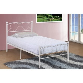 Twin Metal Heart Bed in White Finish