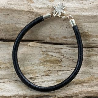 Handcrafted Silver Leather 'Traces of Nature' Bracelet (Thailand)