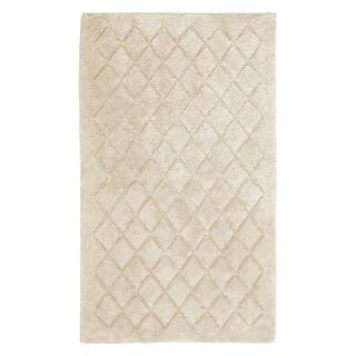 Avanti Solid Color Bathroom Bath Rug  27 x 45 As Is Item Rugs Mats Clearance Liquidation For Less