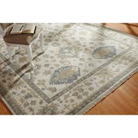 Hand-knotted Umbria Ivory/Ivory Wool Rug (6' x 9')