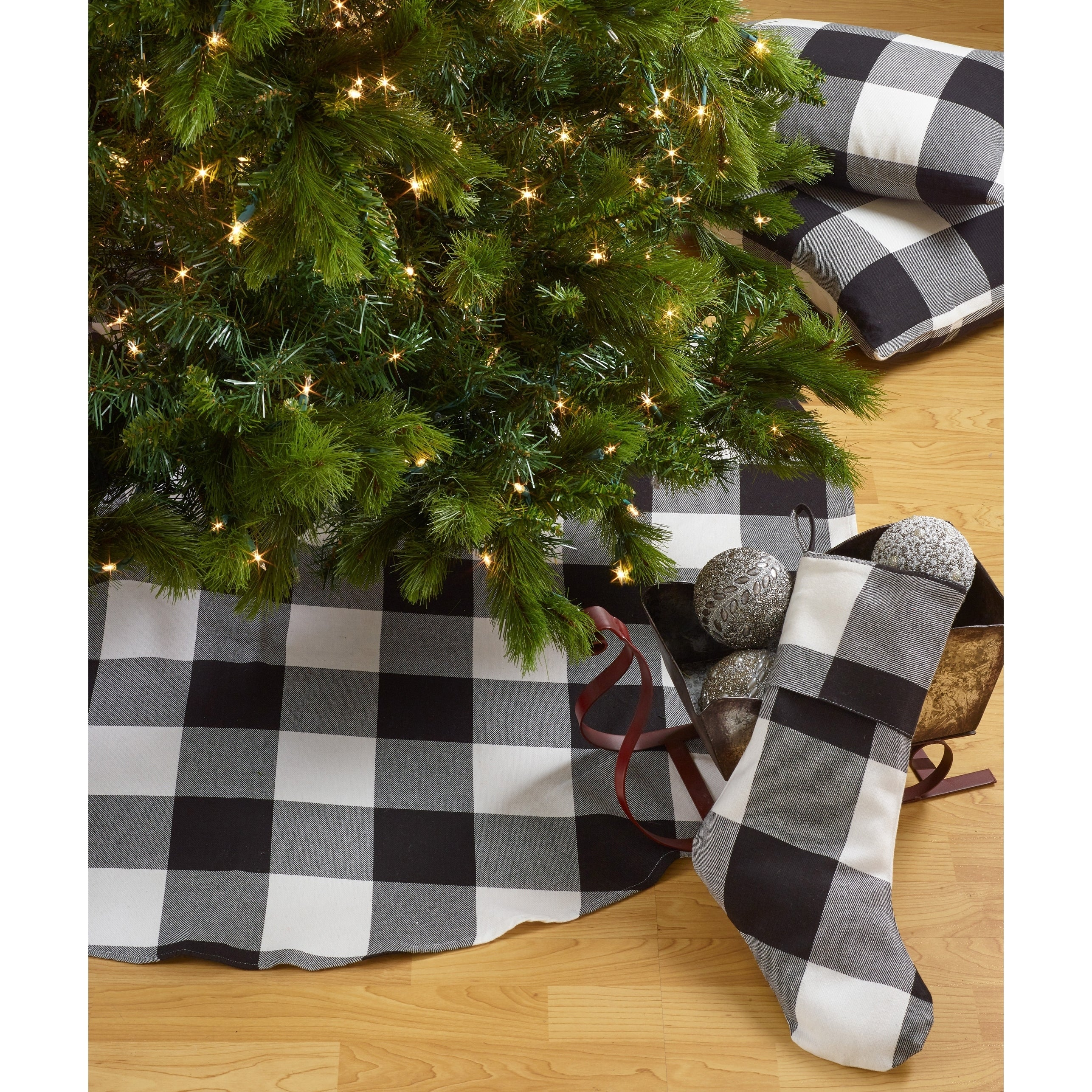 Buffalo Plaid Design Decorative Cotton Christmas Tree Skirt Overstock 17415350