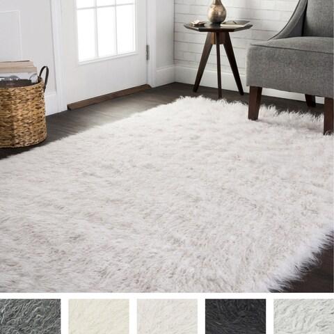 Faux Fur Sheepskin Textured Shag Rug (3' x 5') - 3' x 5'
