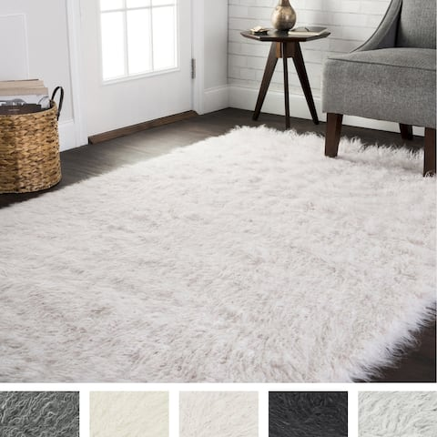 Faux Fur Sheepskin Textured Shag Rug (5' x 7'6) - 5' x 7'6""