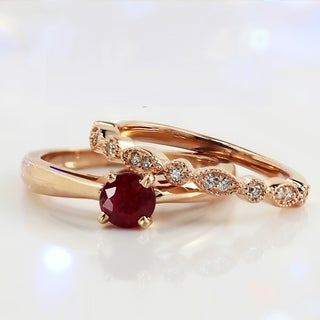 Auriya Vintage Stackable 1/2ct Solitaire Red Ruby and 1/6ct Diamond Engagement Ring Set 14k Gold