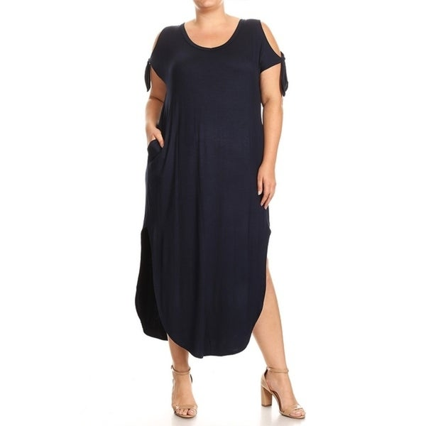 Women's Plus Size Solid Color Maxi Dress with Side Slits