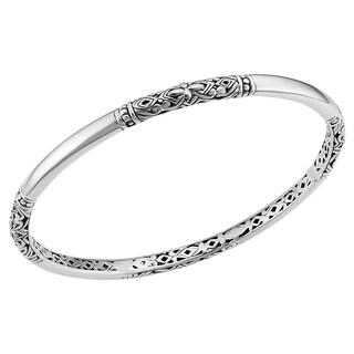 Handmade Sterling Silver Flora Bangle Bracelet (8 inch) (Indonesia)