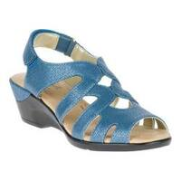 Women's Soft Style Patsie Slingback Sandal Mid Blue Cambric Synthetic