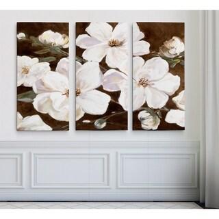 White Chocolate Blooms IHAC17-18459-3P
