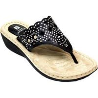 Women's White Mountain Cylon Thong Sandal Black Burnished Smooth Synthetic