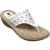 Women's White Mountain Cylon Thong Sandal White Burnished Smooth Synthetic