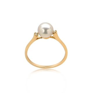 Pearl Lustre Freshwater Pearl and Accent Diamonds set in 14K gold ring