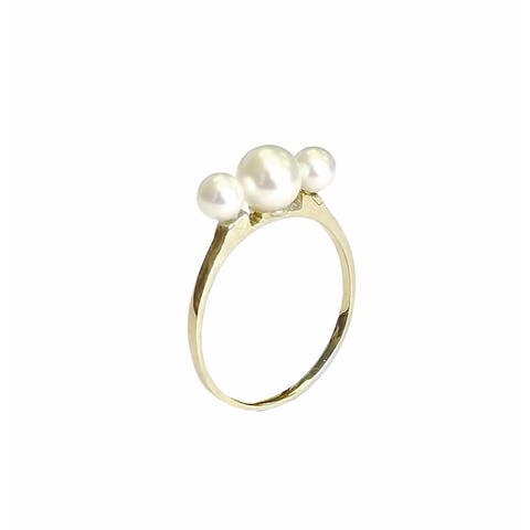 Pearl Lustre Genuine Freshwater Pearl and 10k yellow gold ring